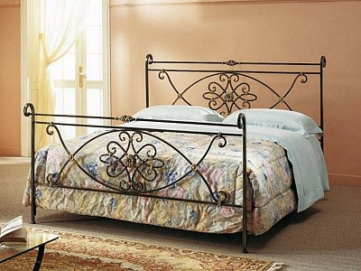 Wrought iron bed SN902